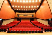 小ホール舞台から見る客席